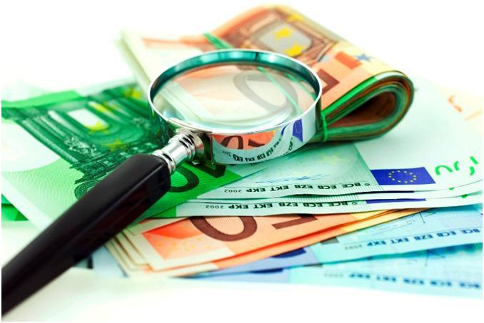 Як заощадити в подорожах за допомогою банківських карт