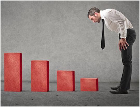 Причини падіння курсу гривні та можливі наслідки.