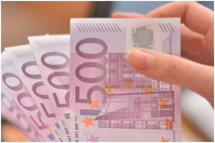 Штрафи та обмеження на ввезення готівки в ЄС